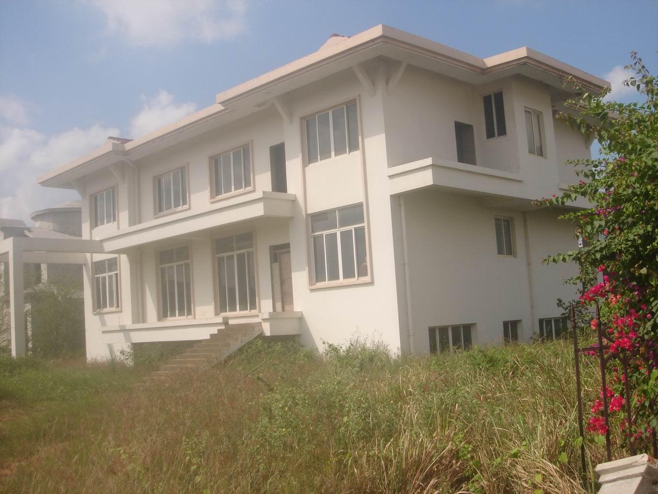 老城盈滨半岛别墅及海口市滨海路17号一套46.5平方米房产拍卖招商公告